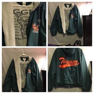 Tigger jacket 🧥